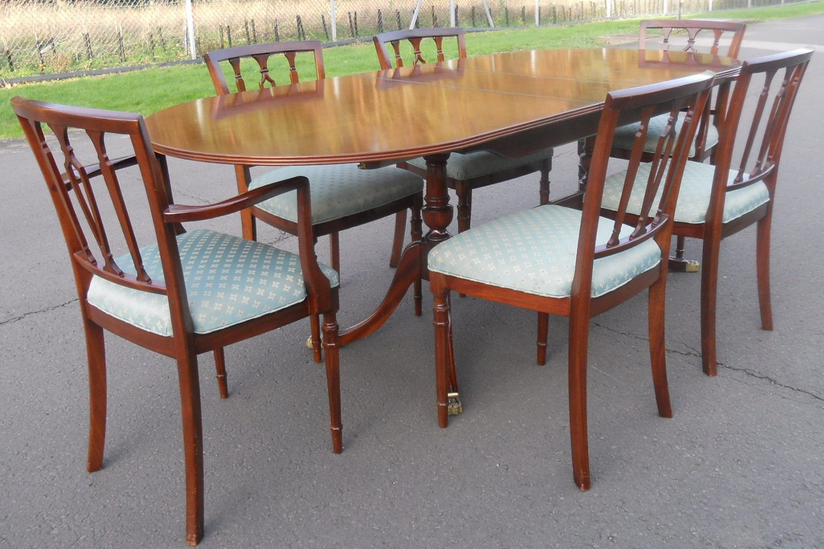 strongbow mahogany dining room suite sold strongbow mahogany dining room suite
